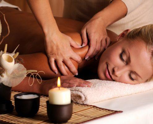 Ayurvedische Yoga Massage